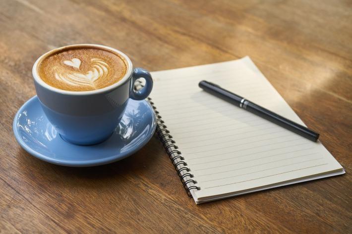 FAYN na kavi